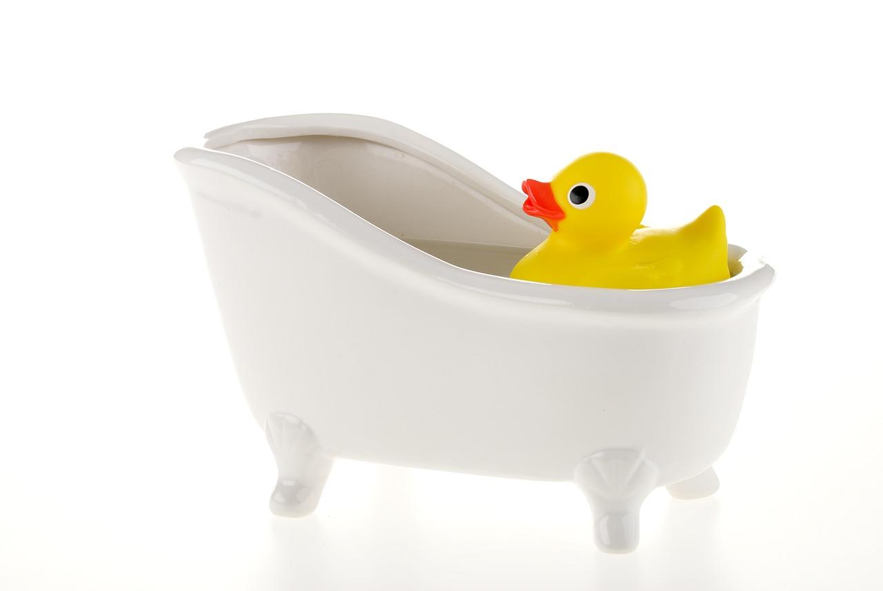 【イヤイヤ期】お風呂で遊ぼう!(遠い目をしながら…)